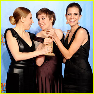 lena-dunham-girls-cast-win-best-comedy-series-at-golden-globes-2013